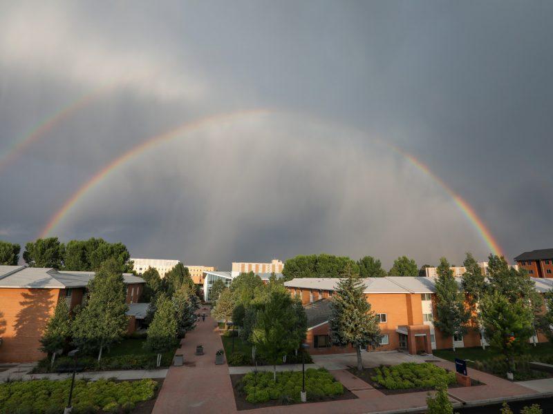 0037_campus_rainbow_20180814