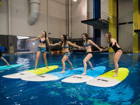 dive well wac, 4 women on boards balancing