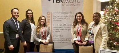 NAU students talking with TEK systems recruiter